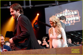 carrie underwood u0027s husband watches her perform her biggest hits at