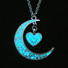 glow in the necklaces moon and heart glow in the necklace