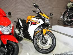 honda cbr 150r price in india 2012 auto expo honda motorcycles unveils 7 new products