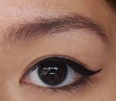 liquid eyeliner tutorial asian kymm beauty lifestyle travel winged eyeliner tutorial for
