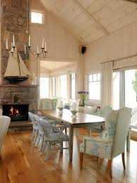 Cottage Style Chairs by Best 25 Cottage Dining Rooms Ideas On Pinterest Nautical Dining