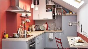 cuisine peinte cuisine peinte cuisine en couleur peindre un pan de mur en couleur