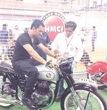 hellcat x132 dhoni bike loving dhoni ends his long test ride rediff com cricket