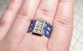 doctor who engagement ring doctor who tardis ring pic global news