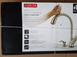 Kitchen Faucets With Touch Technology Leaky Moen Kitchen Faucet Faucet Delta Touch2o Kitchen Faucet
