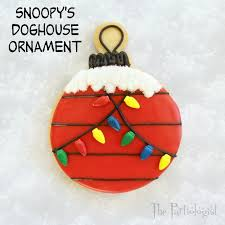 brown christmas snoopy dog house the partiologist snoopy s ornament cookie