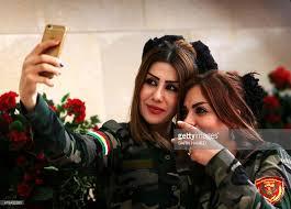 Take A Selfie Female Peshmerga Fighters Take A Selfie In Arbil The Capital Of