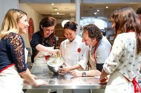 offrir un cours de cuisine avec un grand chef cours de cuisine restrant cours de cuisine gratuits sur les