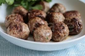 cuisiner des boulettes de boeuf boulettes de viande épicées et moelleuses la recette gustave
