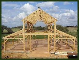How To Pole Building Construction by Best 25 Diy Pole Barn Ideas On Pinterest Pole Barn Designs