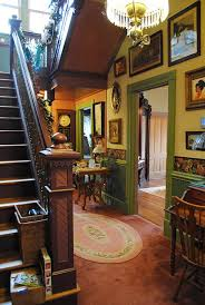 Victorian Home Interior by Best 25 Victorian Home Decor Ideas On Pinterest Victorian Decor
