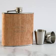 Wooden Flasks Best 25 Wedding Hip Flask Presents Ideas On Pinterest Groom Hip