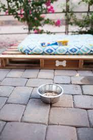 easy diy outdoor dog pallet bed a joyfully mad kitchen