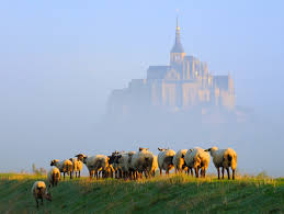 15 spectacularly beautiful places you must visit in france hand
