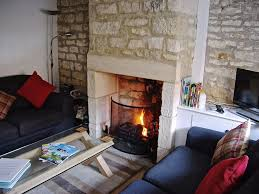 Cosy E15413 Lovely Cosy Cotswold Retreat Ideal For Rural And