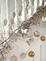 Christmas Banister Garland Ideas Christmas Garlands For Stairs Fireplaces And Lights Founterior