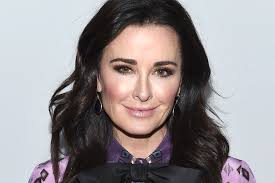 kyle richards needs to cut her hair kyle richards opens up about fibromyalgia on the healer the