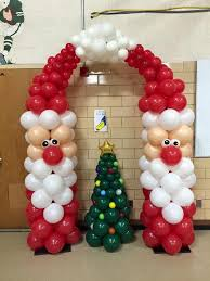 Best 25 Christmas Party Centerpieces Ideas On Pinterest by Best 25 Christmas Balloons Ideas On Pinterest Christmas Parties