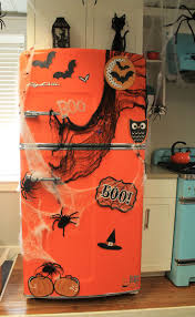 10 creepy decorations for a frightening halloween kitchen scary