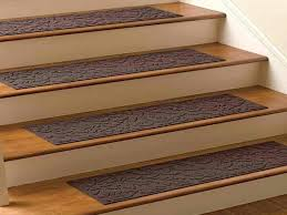 Putting Laminate Flooring On Stairs Big Advantages Of Putting Stair Rug Translatorbox Stair