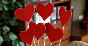 valentine u0027s day decor heart skewers occasionally crafty