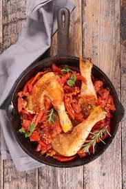 cuisine poulet basquaise poulet basquaise recette de poulet basquaise marmiton