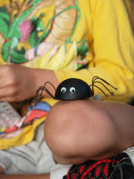 make a black widow spider for halloween the magic onions