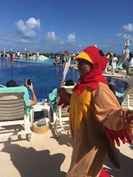 thanksgiving parade picture of live aqua resort cancun