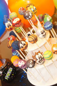 Looney Tunes Nursery Decor by Best 25 Looney Tunes Party Ideas Only On Pinterest Theme Tunes