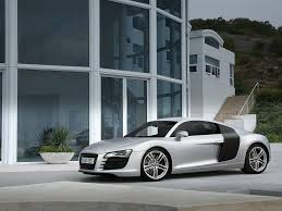 Audi R8 Front - 2007 audi r8 front and driver side house 1024x768 wallpaper