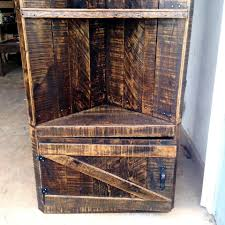 Wood Pallet Furniture Turning A Profit On Wood Pallet Furniture Woodworking Network