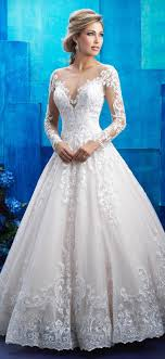 choosing wedding gown designs that accentuate you
