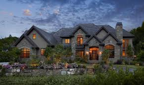 have you wanted to find a custom luxury home that meets your needs