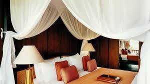 letto matrimoniale a baldacchino legno baldacchini per un letto da favola dalani e ora westwing