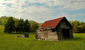 Photos Of Old Barns A Crumbling Old Barn Shed