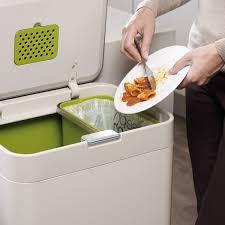 poubelle cuisine 60l poubelle totem intelligentwaste 60l de chez joseph joseph