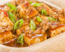 cuisiner tofu poele recette de spicy tofu ou tofu épicé si léger à croquer