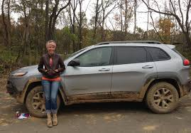 hunting jeep cherokee review 2014 jeep cherokee trailhawk trail rated for trail fun