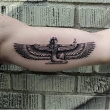 egyptian tattoos for guys isis goddess tattoo google search tattoos pinterest