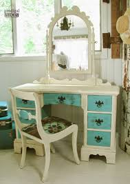 Antique Vanity Table Vanity Makeovers 16 Different Sets Redone Ugly Duckling