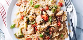 cuisiner pour une personne recettes pâtes au poulet à la sauce crémeuse repas pour une