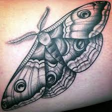 the 25 best traditional moth tattoo ideas on pinterest moth