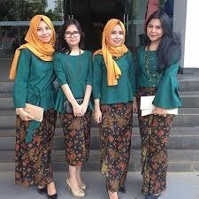 fashion terbaru model kebaya modern terbaru rok batik panjang kebaya