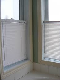 10 Inch Blinds The Complete Guide To Imperfect Homemaking Cleaning Mini Blinds