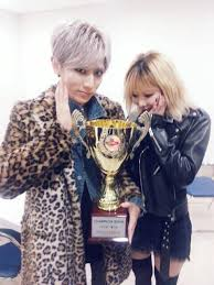 k pop js hyuna trouble maker photoshoot trouble maker win their first trophy on show chion with now