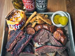 How To Set A Table Taste Of Home by Everyone Says The Barbecue In Atlanta Is Really Good Now U2014but Just