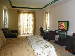 5 bedroom minimum one year lease getten corporate housing