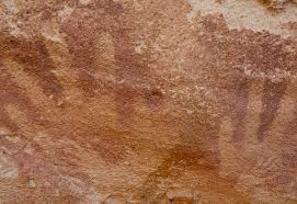 baby hands u0027 in cave paintings may actually belong to lizards