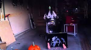 garage door halloween decorations garage halloween decorations 2011 youtube
