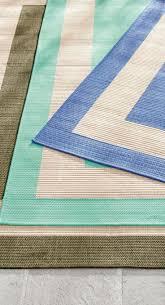 How To Clean Indoor Outdoor Rug Carpet Extend Rug Even Exposure How To Clean Outdoor Carpet